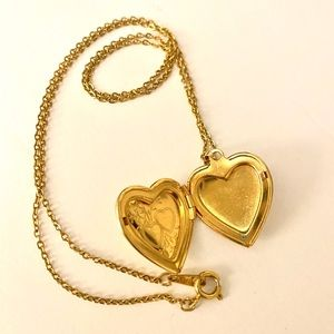 Vintage gold tone heart locket